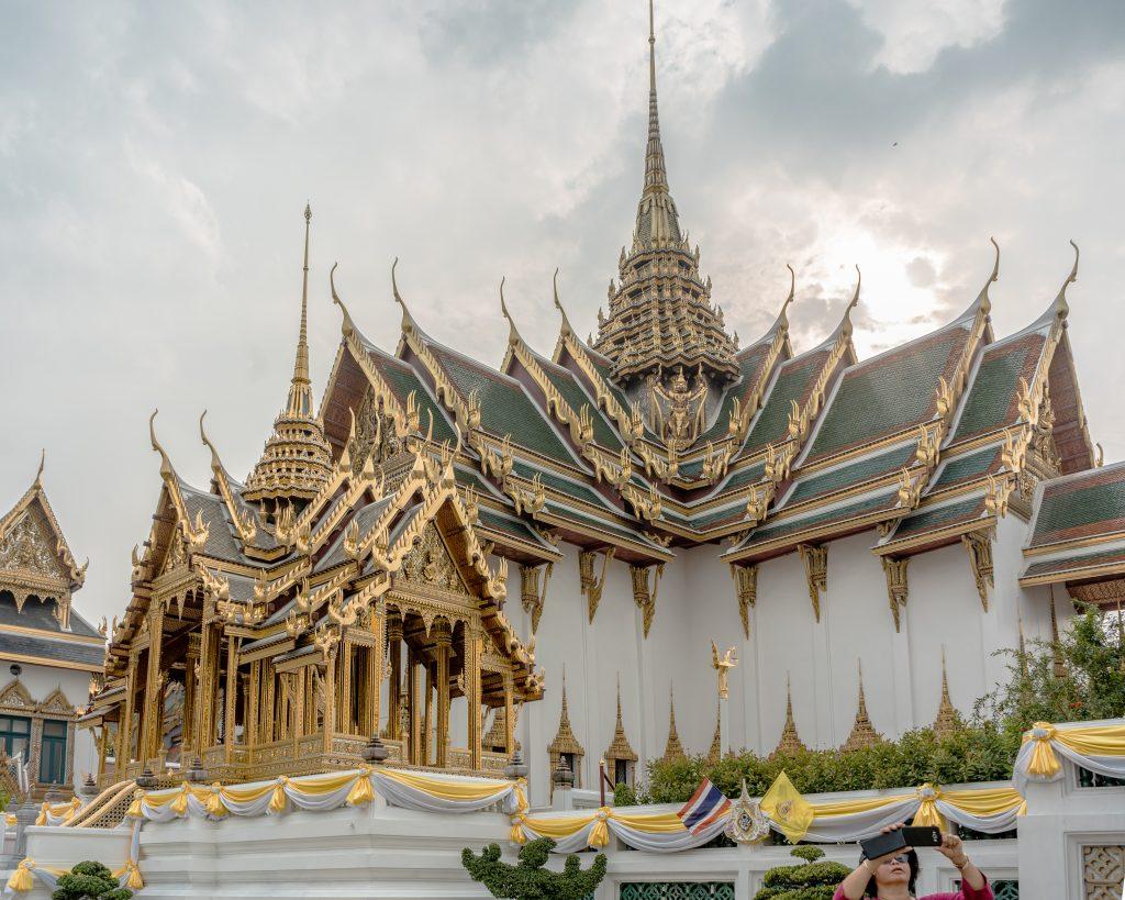 Finest Thai Architecture | Phra Thinang Aphorn Phimok Prasat